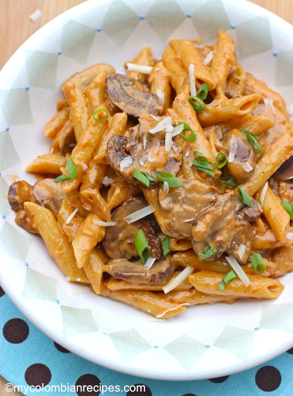 Penne Pasta with Portobello Mushroom Sauce | My Colombian ...