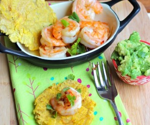 Camarones al Ajillo (Shrimp in Garlic Sauce) |mycolombianrecipes.com