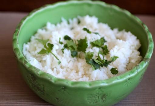 Arroz con Coco Blanco (Coconut Rice) |mycolombianrecipes.com