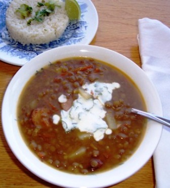 Colombian lentil-soup