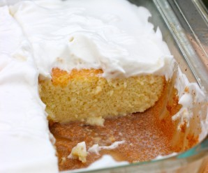 Torta de Tres Leches (Three Milks Cake)|mycolombianrecipes.com