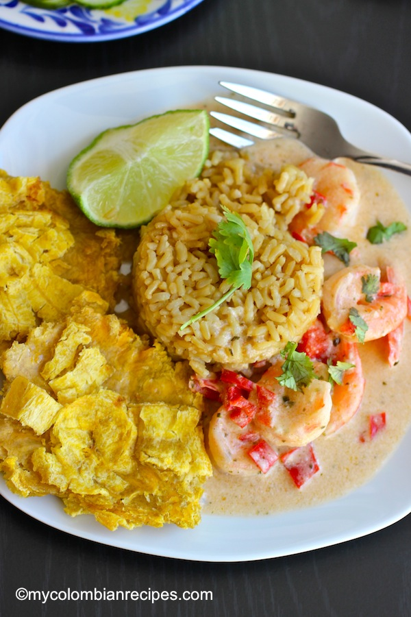 Camarones a la Criolla con Coco (Creole and Coconut Shrimp)