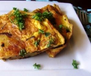 Tortilla Española (Spanish Omelett) |mycolombianrecipes.com