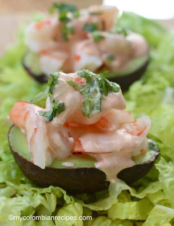 Avpcado Stuffed with Shrimp
