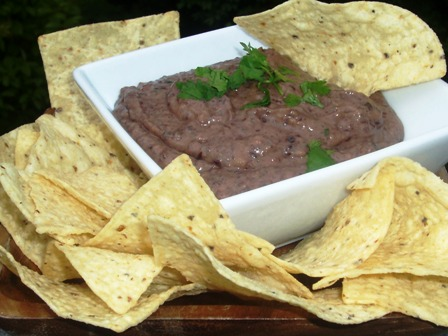 Black Bean Dip (Dip De Frijoles Negros) | My Colombian Recipes