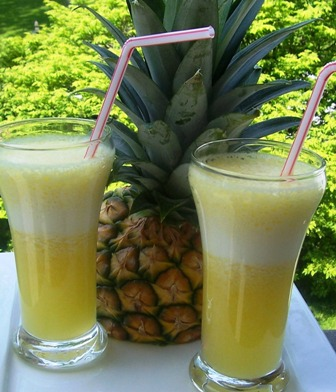 Jugo de Piña or Pineapple Juice