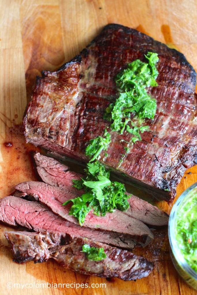 Steak with Chimichurri Sauce (Carne con Chimichurri)  mycolombianrecipes.com