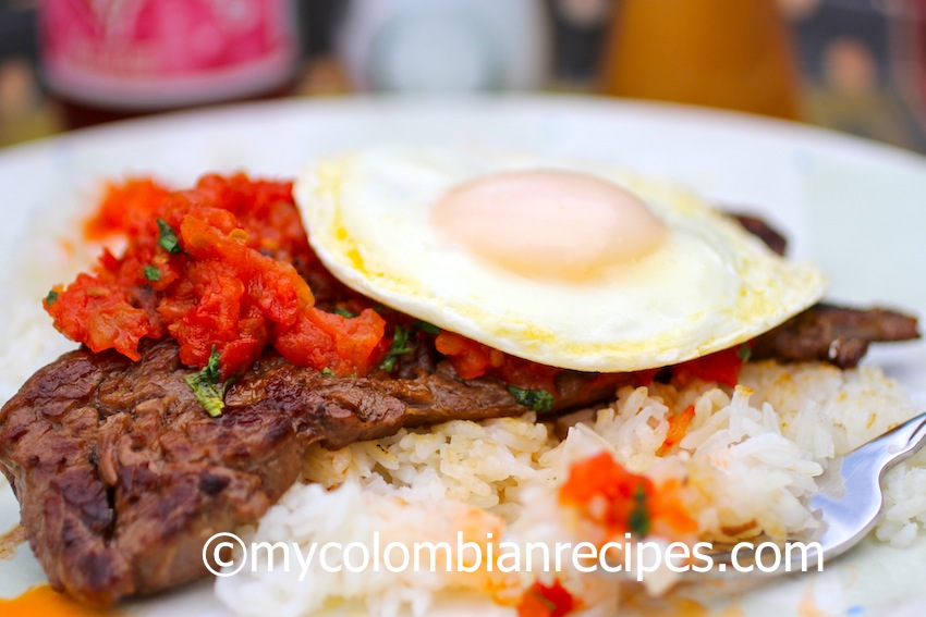 Colombian Food-Bistec a Caballo