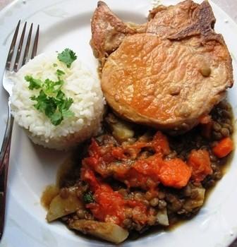 Lentils and Pork Stew (Lentejas Estofadas con Cerdo)