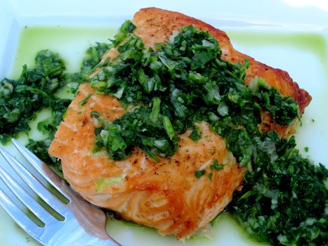 Salmon con Chimichurri