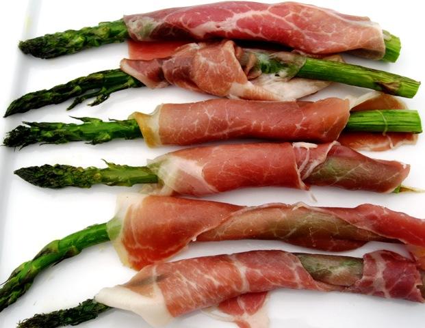 Asparagus with Searrano Ham