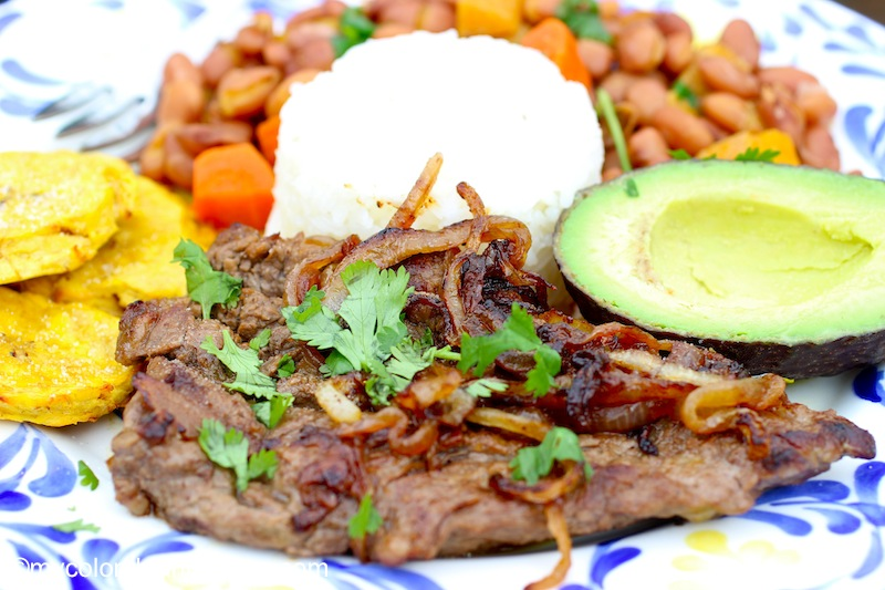 Bistec Encebollado (Colombian-Steak with Onion Sauce) | My ...