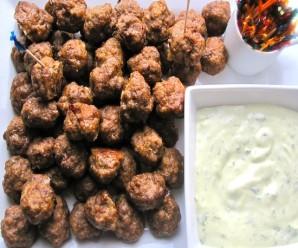 Mini Meatballs with Basil-Garlic Sauce