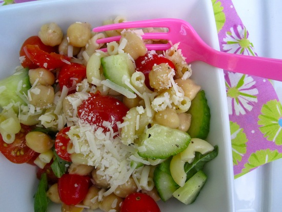 Pasta and Chickpeas Salad