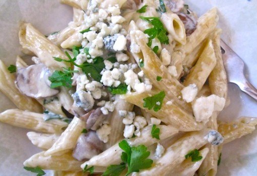 "<span class=""p-name"">Pasta with Mushrooms and Gorgonzola Cheese Sauce</span>"
