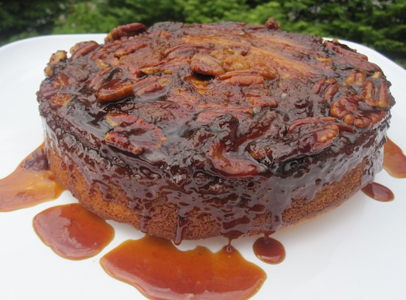Banana, Pecan Upside down Cake