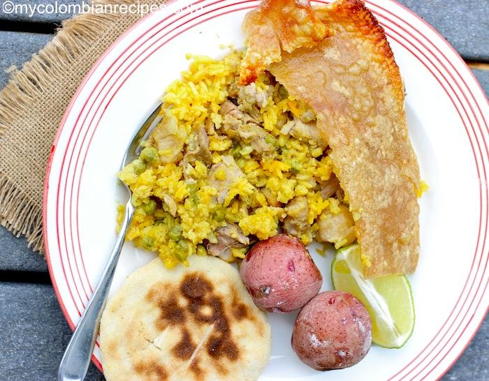 Lechona. La lechona es un plato típico de la región colombiana del Tolima Grande.