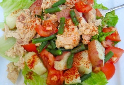"""<span class=""""p-name"""">Ensalada de Papa con Atun (Potato and Tuna Salad)</span>"""