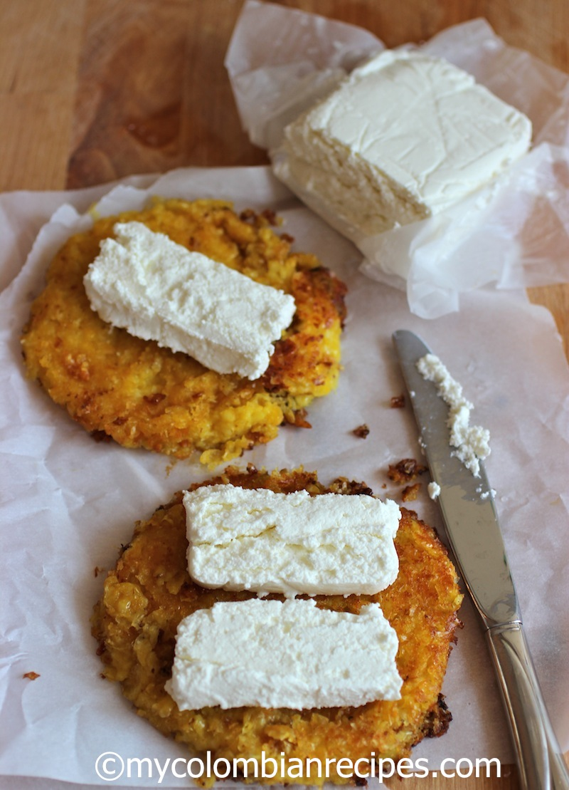 Arepas De Choclo Con Quesito Colombian Corn Cakes With Fresh Cheese My Colombian Recipes