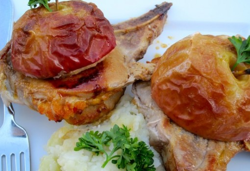 "<span class=""p-name"">Chuletas Rellenas de Manzana (Pork Chops Stuffed with Apples)</span>"
