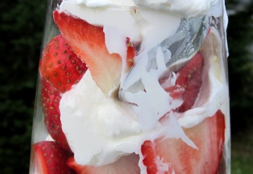 "<span class=""p-name"">Fresas Con Crema (Strawberries with Cream)</span>"