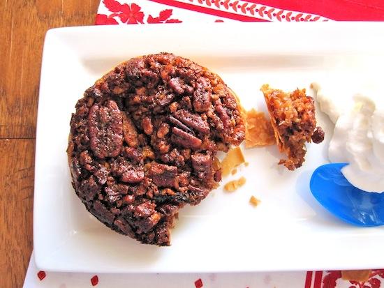 Pecan  pie with Cream