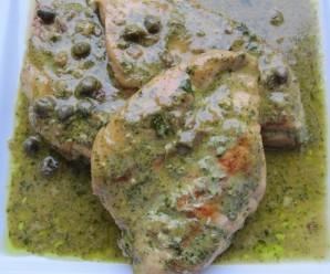 Chicken with Cilantro-parsley sauce