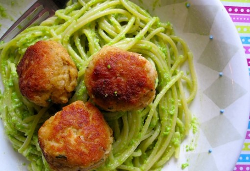 "<span class=""p-name"">Pasta with Pea Pesto and Tuna Balls</span>"
