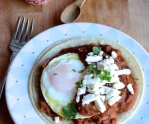Huevos Rancheros |mycolombianrecipes.com
