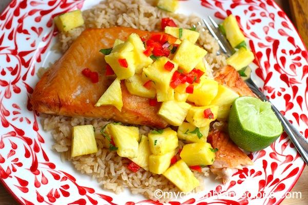 How to Make salmon with Pineapple Salsa