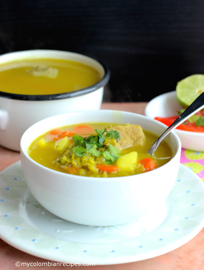 Split Pea and Pork Soup (Sopa de Alverjita)|mycolombianrecipes.com