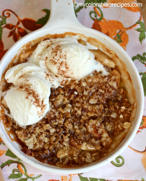 Apple Crisp con helado-My Colombian Recipes