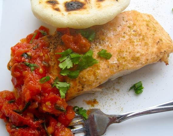 Salmon con Hogao