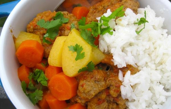 Slow - Cooker Meatball Stew