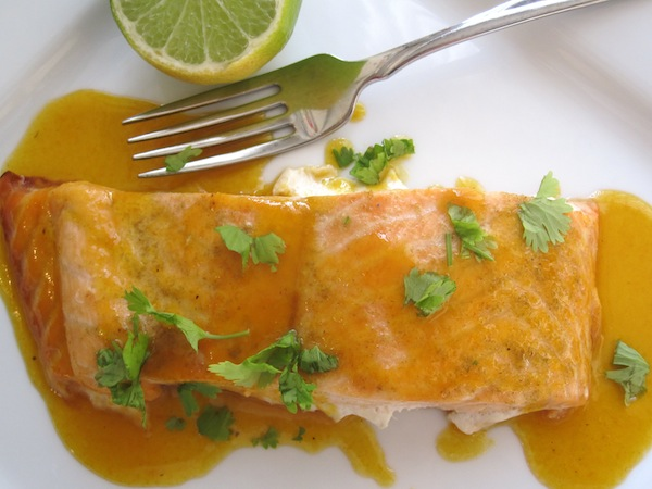 Salmón con Salsa de Maracuyá (Salmon with Passion Fruit Sauce) | My ...