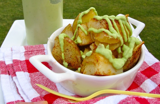 Potatoes with aguacate sauce