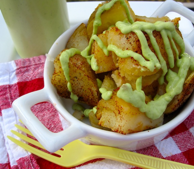 Potatoes with avocado sauce