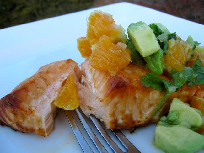 Salmon con salsa de mandarina y Aguacate