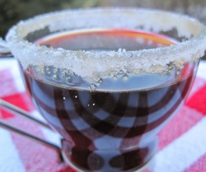 Carajillo (Colombia Hot Drink) |mycolombianrecipes.com