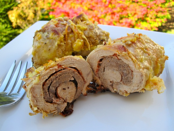 Regios o Bollitos de Carne (Colombian-Style Pork and Beef Rolls)
