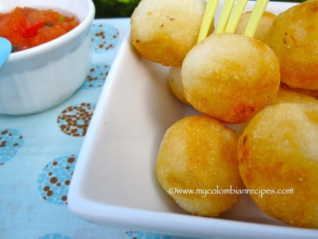 Boliarepitas (Colombian Cheese-Arepa Balls)