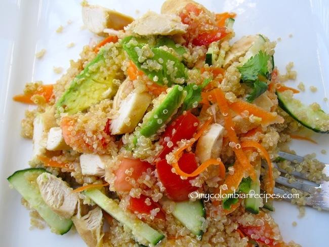 Ensalada de Quinoa y Pollo (Quinoa Chicken Salad)