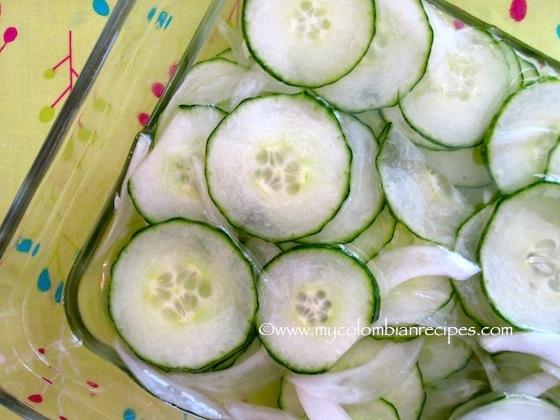 Ensalada de Pepinos Marinados (Marinaded Cucumber Salad)