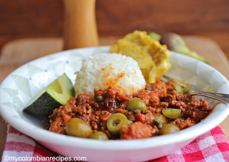 This picadillo recipe is a cuban picadillo recipe made with ground beef. You can serve it with rice or use it as a filling for empanadas |mycolombianrecipes.com