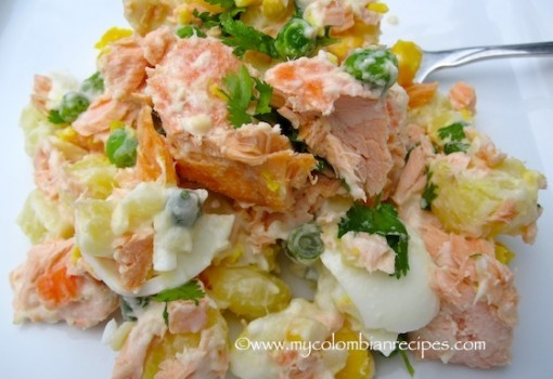 "<span class=""p-name"">Ensalada de Salmón y Papa (Salmon and Potato Salad)</span>"