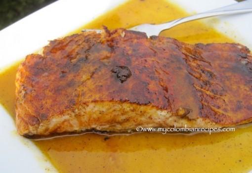 """<span class=""""p-name"""">Salmón con Salsa de Mandarina (Salmon with Tangerine sauce)</span>"""