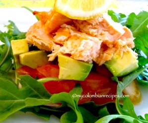Ensalada de Salmón y Aguacate (Salmon and Avocado Salad)