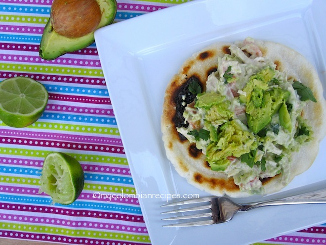 Arepa Reina Pepiada (Arepa with Shredded Chicken and Avocado)
