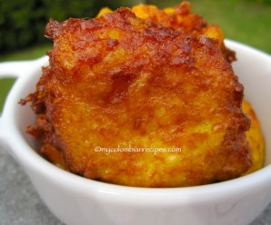 Regañonas (Colombian Corn Fritters) |mycolombianrecipes.com