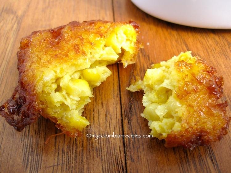 Regañonas (Colombian Corn Fritters)